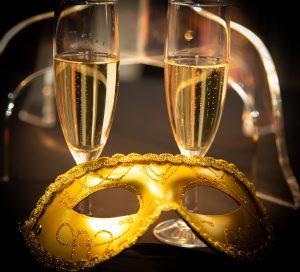 masque et champagne
